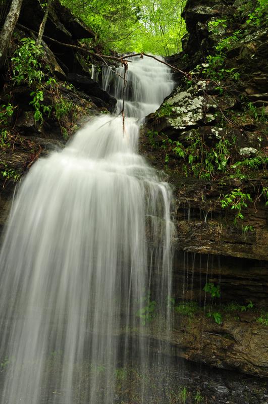 Twin Falls Devil S Den State Park Explore The Ozarks